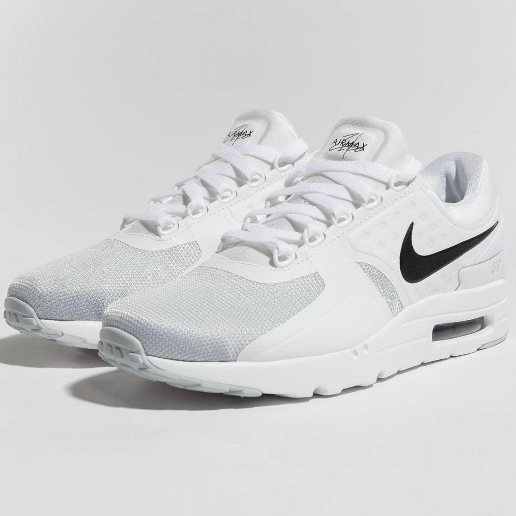 chaussure nike homme grise