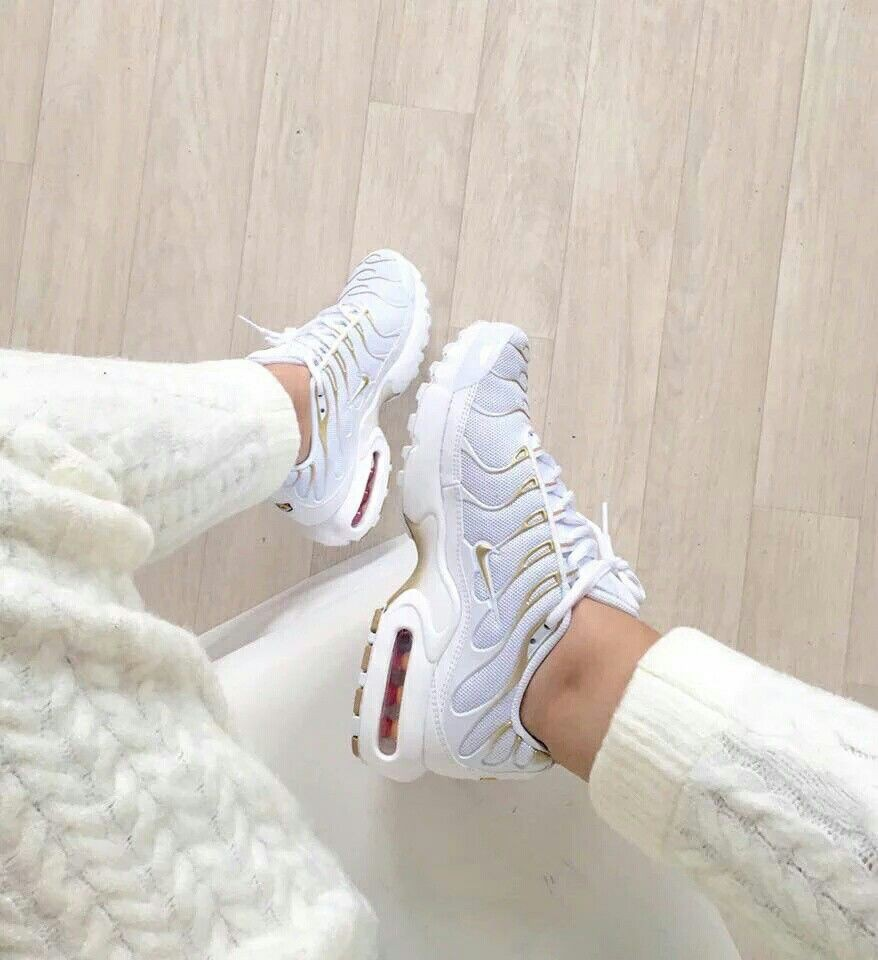 nike tn requin blanche femme