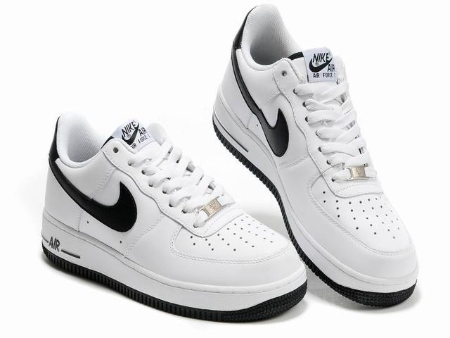 air force 1 low noir et blanc